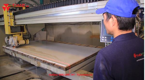 Tìm hiểu công nghệ, quy trình sản xuất đá nhân tạo gốc thạch anh